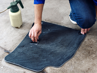 How-to-remove-salt-stains-from-the-carpet-and-floor-mats