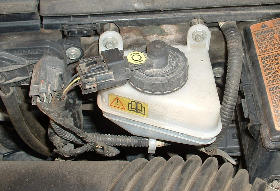 check-brake-fluids